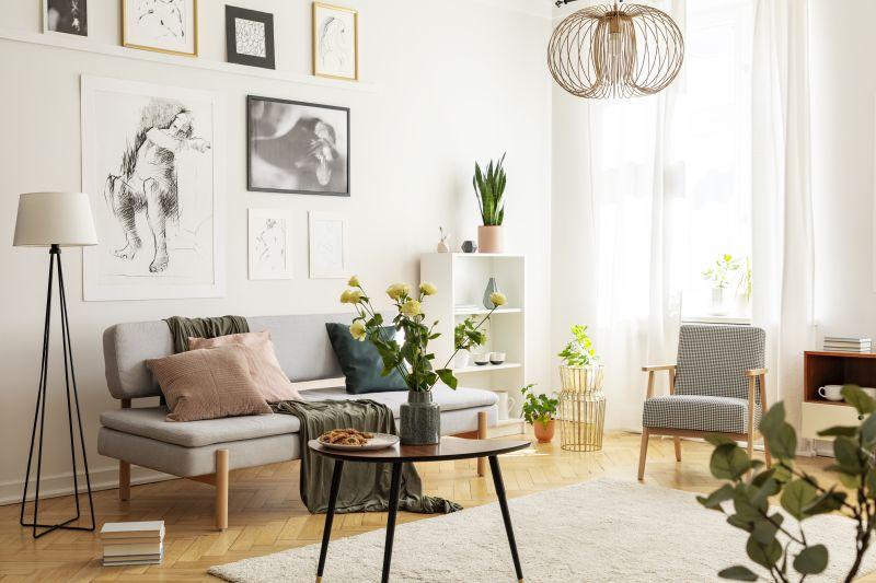 Żywe kwiaty w salonie